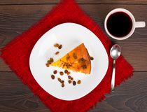 Cottage cheese pie with raisins Royalty Free Stock Image