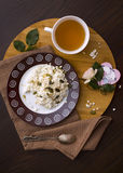 Cottage cheese with tea Royalty Free Stock Photography