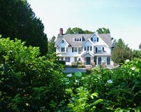Cottage costiero, porto di Antivari, Maine fotografia stock libera da diritti