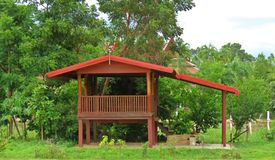 Cottage costruito diversamente - degli agricoltori tailandesi Fotografie Stock