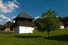 Cottage da Slovenske Pravno - museo del villaggio slovacco, je del ¡ del hà di JahodnÃcke, Martin, Slovacchia Fotografie Stock Libere da Diritti