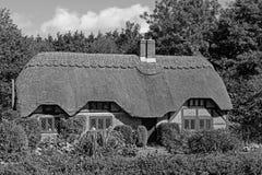 Cottage de BW dans la nouvelle forêt 1 Photographie stock