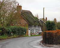Cottage de chaume de pays de Kent image libre de droits
