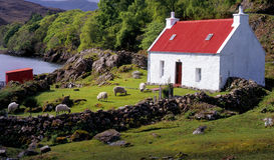 Cottage del Croft, loch Shieldaig, Scozia Fotografie Stock Libere da Diritti