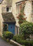 Cottage del paese di Cotswold Immagini Stock