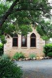 Cottage della chiesa dell'arenaria Fotografia Stock
