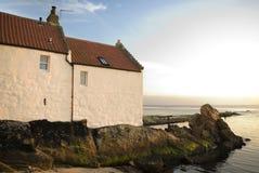 Cottage della spiaggia in Fife Fotografie Stock