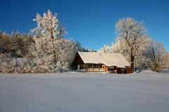 Cottage dello Snowy Immagine Stock Libera da Diritti