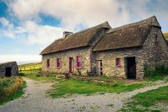 Cottage di carestia della testa di Slea in Irlanda fotografie stock libere da diritti