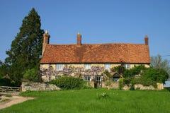 Cottage di glicine Immagini Stock