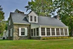 Cottage en pierre au site de Val-mise à mort en Hyde Park, NY Images libres de droits