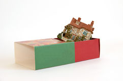 Cottage in a gift box Royalty Free Stock Photography