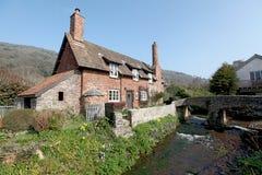 Cottage inglesi al villaggio di Allerford Immagini Stock Libere da Diritti