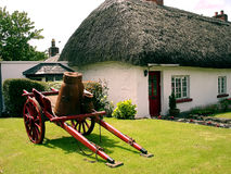 Cottage irlandese immagini stock libere da diritti