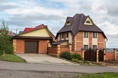 Cottage privato nella città della località di soggiorno Altai Krai di Belokurikha Fotografie Stock