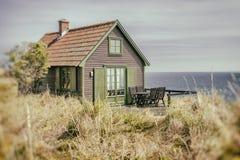 Cottage rustico della spiaggia Immagini Stock
