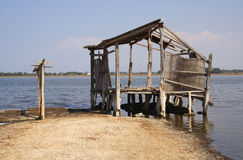 Cottage su un lago Fotografie Stock