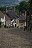 Cottage su un vicolo del paese Fotografia Stock
