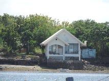 Cottage tropical d'île Photographie stock libre de droits