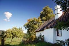 Cottage un giorno di estate Fotografia Stock
