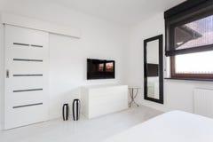 Cottage vibrant - meubles de chambre à coucher photos libres de droits