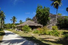Cottages dans le style des Seychelles Images stock