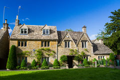 Cottages de pierre de Cotswolds Image libre de droits