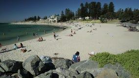 Cottesloe strand Perth stock video