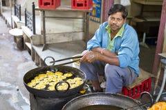 Cottura del dolce indiano Fotografia Stock Libera da Diritti