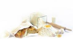 Cottura del pane bianco Fotografia Stock Libera da Diritti