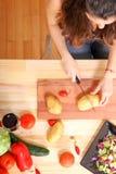 Cottura del vegetariano Immagine Stock