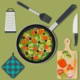 Cottura dell'alimento sano del vegano sul tavolo da cucina, sugli ingredienti e sugli utensili Pentola con le verdure, coltello,  royalty illustrazione gratis