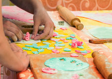Cottura dell'officina sul festival della famiglia di carità Immagini Stock