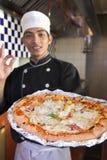 Cottura della pizza Fotografia Stock Libera da Diritti
