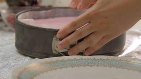 Cottura della torta di formaggio archivi video