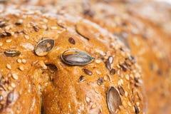 Cottura. Pane delizioso fatto da buon grano Immagine Stock