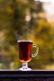 Cottura a vapore del tè caldo Immagine Stock
