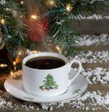 Cottura a vapore della tazza di caffè di Natale Immagine Stock