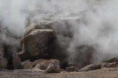 Cottura a vapore delle rocce immagine stock