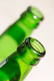 Cou vert de bouteille en verre fin Image libre de droits