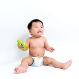 Couche-culotte de port de bébé asiatique photographie stock libre de droits