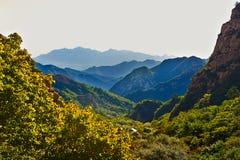 Couche sur couche de montagne de Zu Images libres de droits