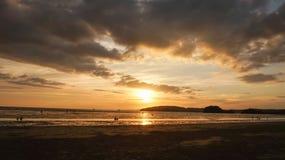 Coucher du soleil à ao Nang Photos stock