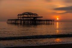 Coucher du soleil à Brighton images libres de droits