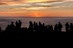 Coucher du soleil à l'extrémité de terres photos libres de droits