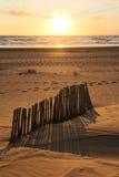 Coucher du soleil à la côte de la Mer du Nord photographie stock libre de droits
