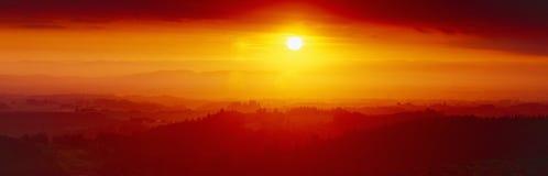Coucher du soleil à la crique argentée Images stock