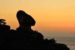 Coucher du soleil à la garniture de Ko, île de Similan, Thaïlande Image libre de droits