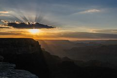 Coucher du soleil à la gorge grande photographie stock