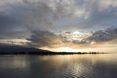 Coucher du soleil à la mer Égée Photographie stock libre de droits